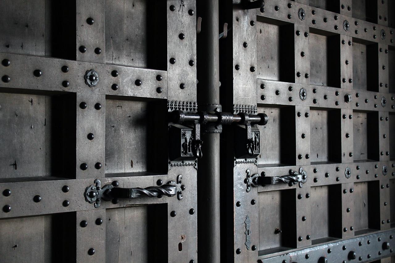 puertas plegables de hierro